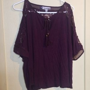 JLO maroon cold sholder lace accent top